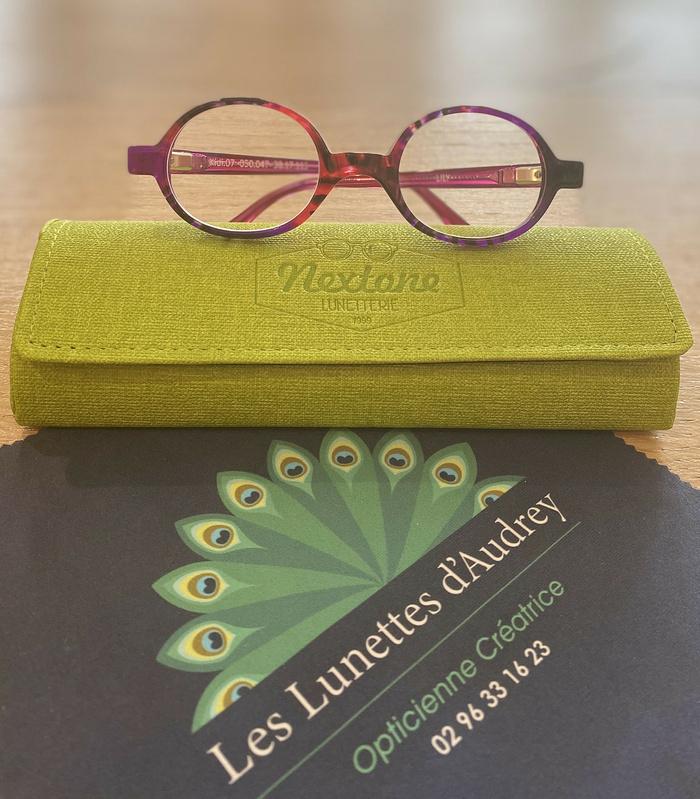 Des lunettes sur mesure pour les enfants