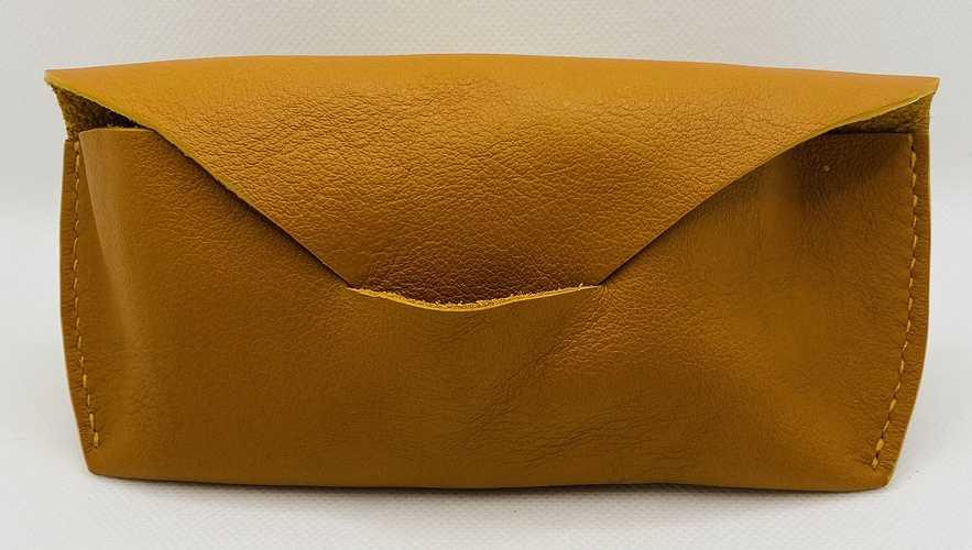 """Étuis tout cuir fabriqués à la main - la maison Sterenn"""" à Trégueux image50345729"""